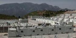 Grécia abre novo acampamento para migrantes em ilha em meio a endurecimento de política