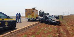Motorista perde o controle da direção, capota picape e fica gravemente ferida, em acidente na BR-369